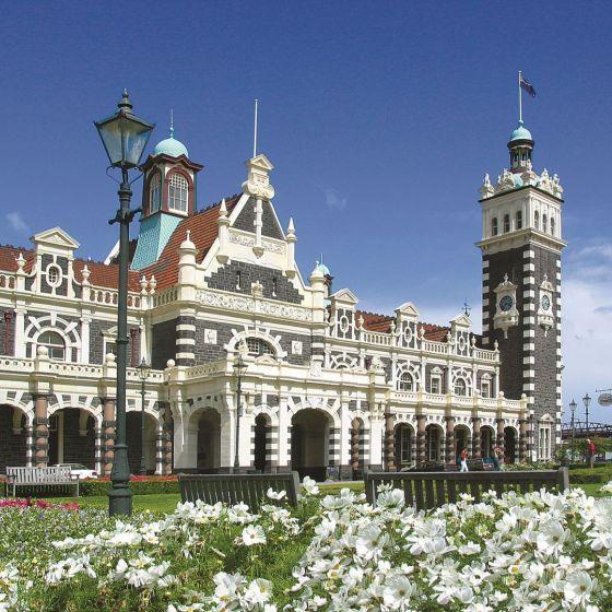Dunedin City Tour